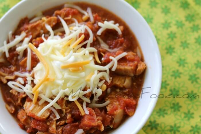HOW TO MAKE CHICKEN CHILI