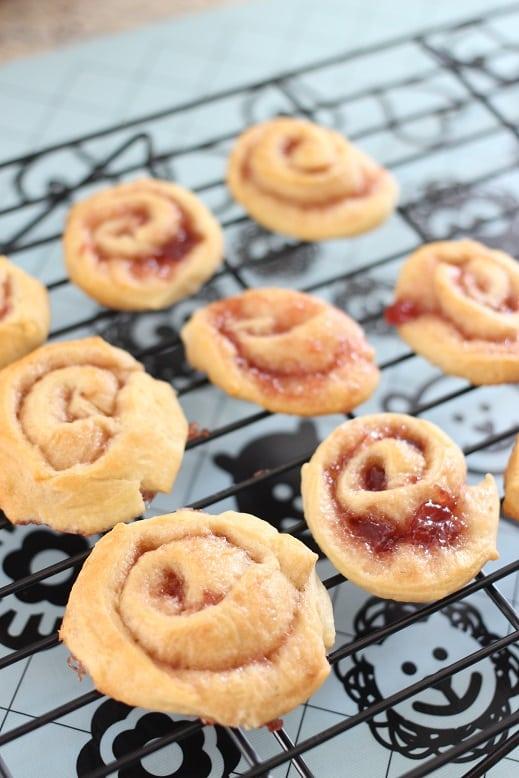 Strawberry Breakfast Roll Recipe