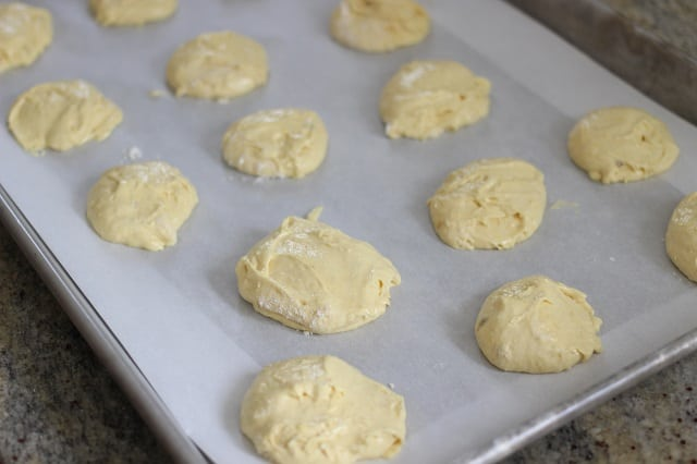 3 Ingredient Banana Cookies