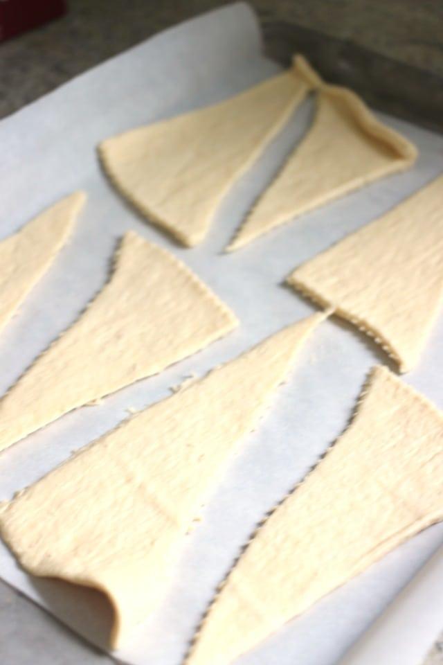 Brown Sugar Cream Cheese Apple Crescents