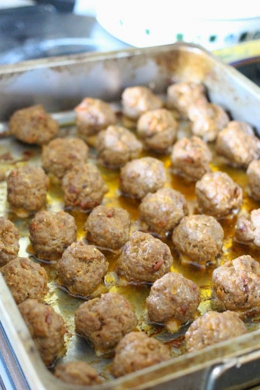 Smoky Chipotle Bacon Meatballs - Delicious Party Food!