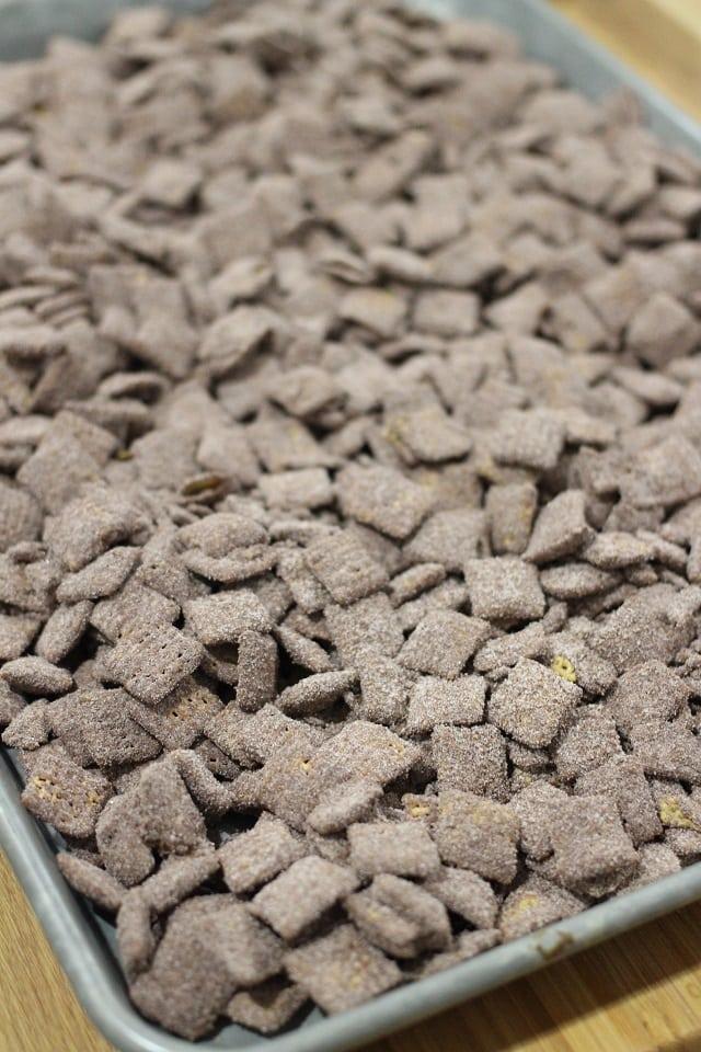 Hot Cocoa Muddy Buddies Recipe - Hot Chocolate Puppy Chow Recipe