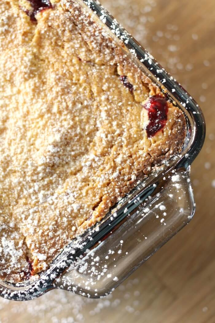 RASPBERRY COBBLER WITH CAKE MIX