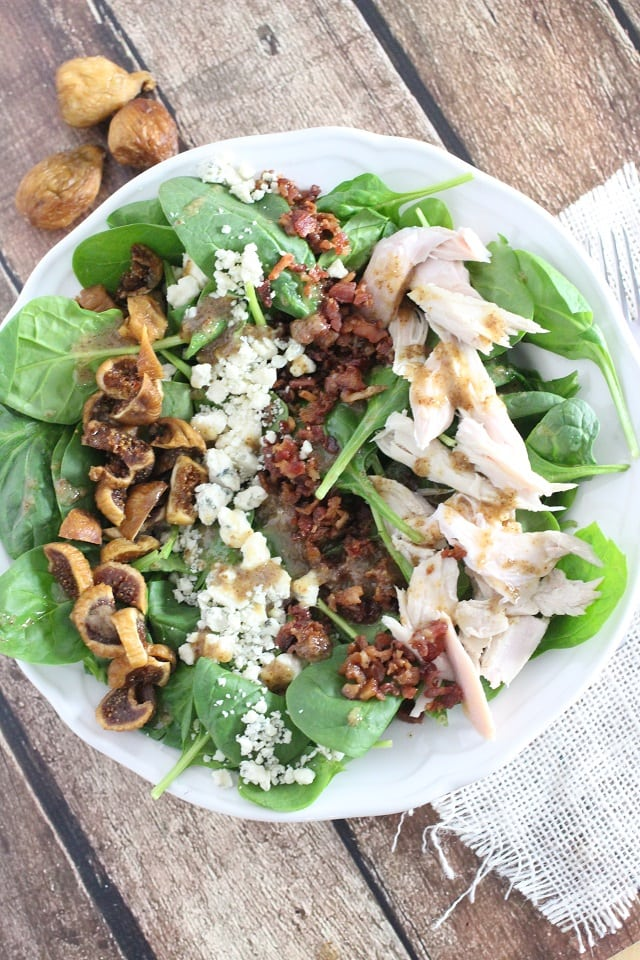 Fig and Blue Cheese Spinach Salad from Mama Loves Food