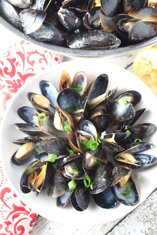 lemon garlic mussels