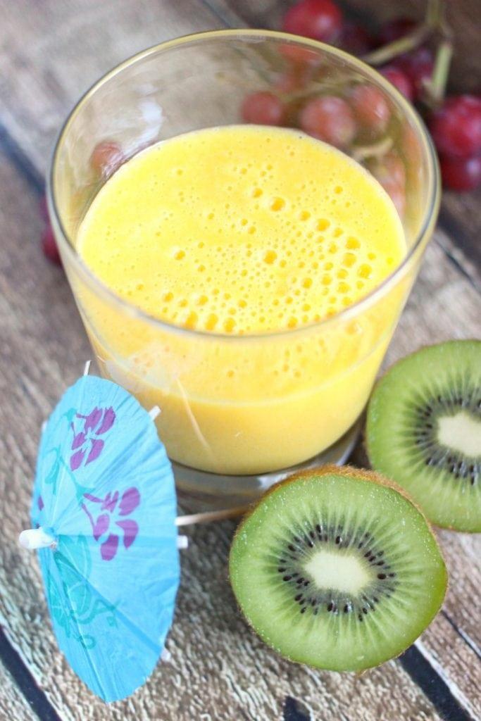 Vanilla Mango Tropical Smoothie Recipe
