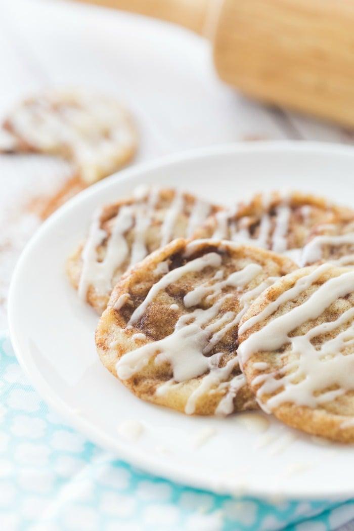 beec7fe1ea Cinnamon Roll Cookies - Mama Loves Food