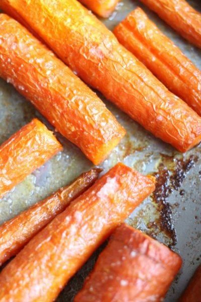 Easy Oven Roasted Garlic Butter Carrots Recipe – How to Bake Carrots in the Oven