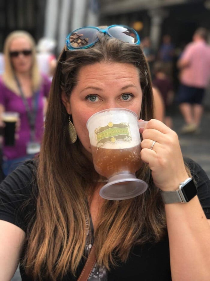 drinking butterbeer in diagonalley at universal orlando