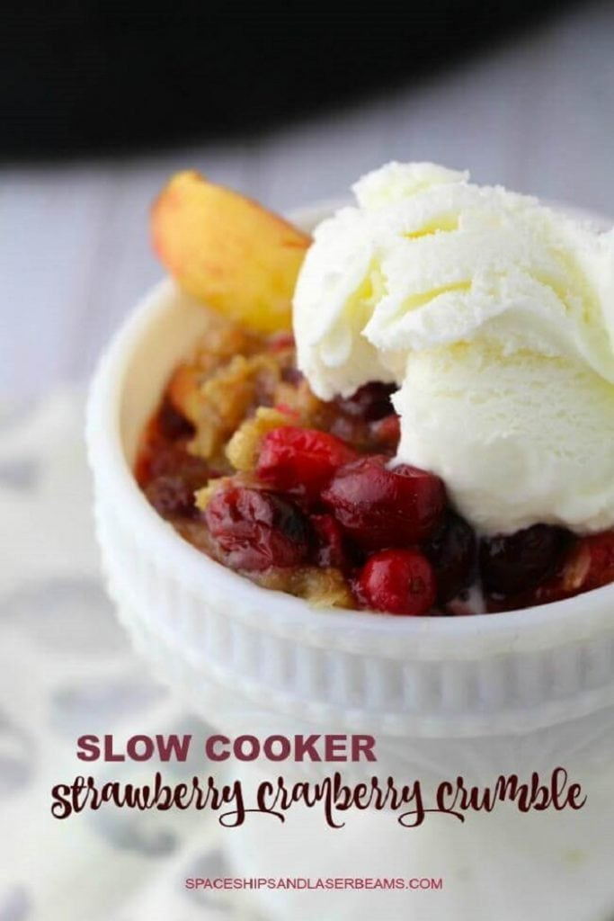 Slow Cooker Strawberry Cranberry Crumble