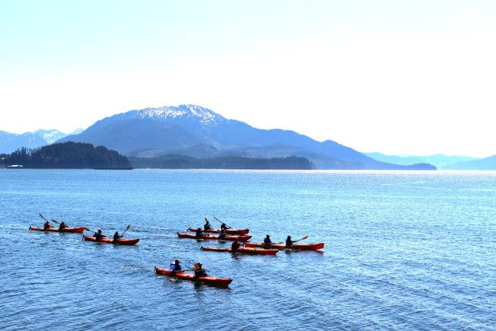 KAYAKING IN ICY STRAIT POINT