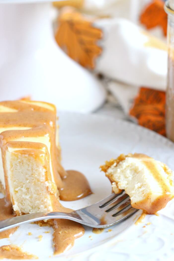 CARAMEL TOPPING ON CHEESECAKE
