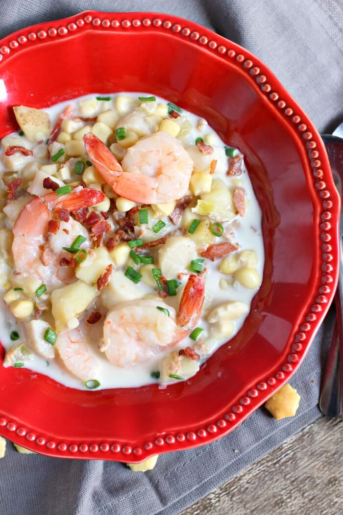 SEAFOOD CHOWDER SLOW COOKER