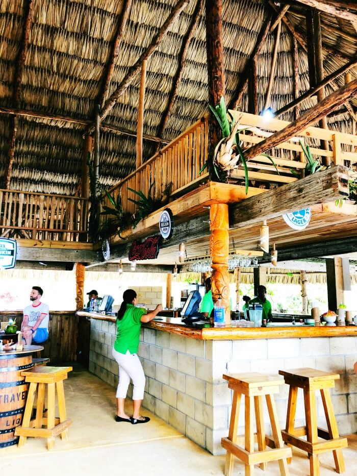 RESTAURANT ON THE WATER IN BELIZE