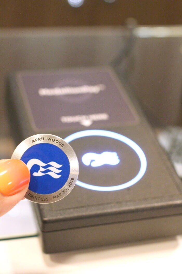 SHOPPING WITH WIFI ENABLED MEDALLION ON CRUISE SHIP