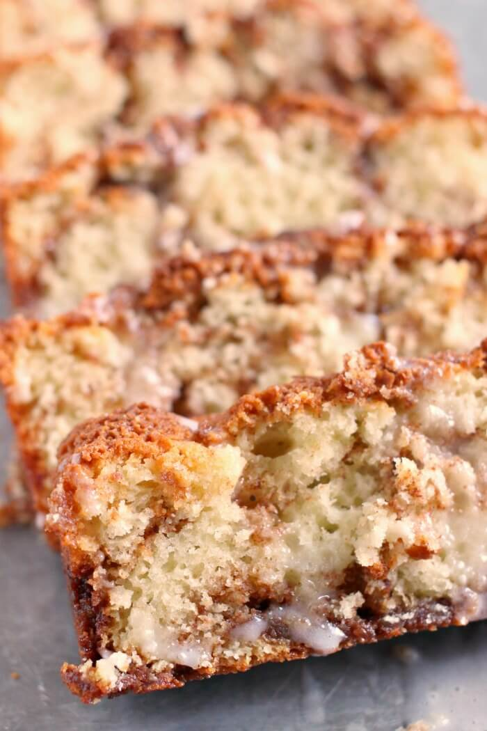 COFFEE CAKE WITH SOUR CREAM
