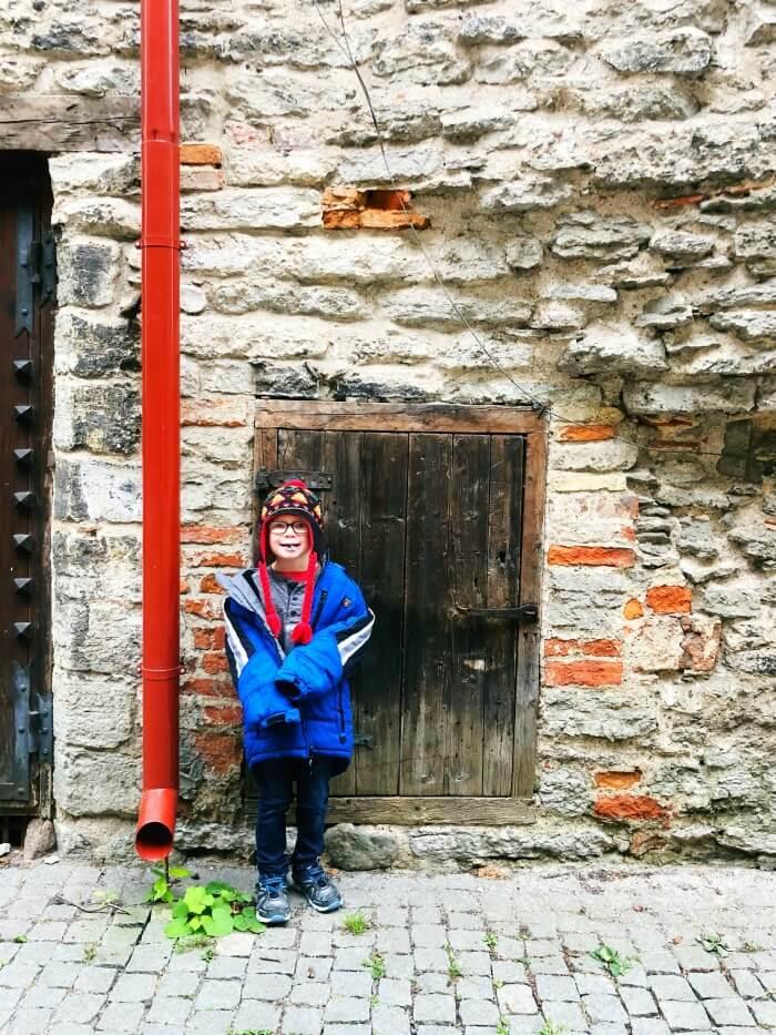 HOBBIT DOOR IN TALLINN