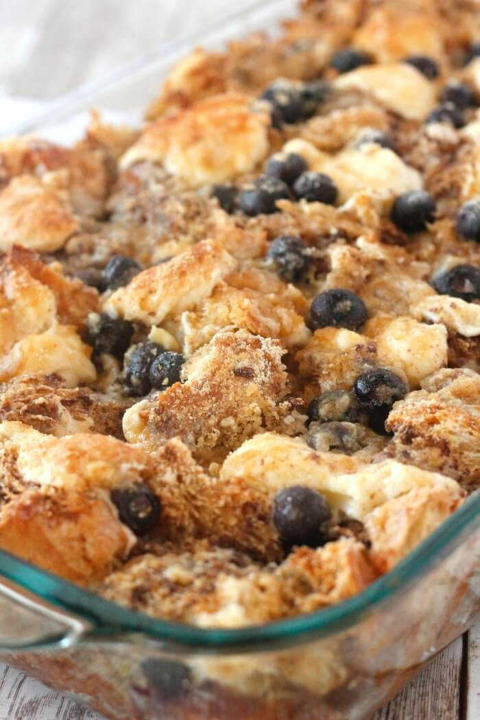 BAKED BLUEBERRY FRENCH TOAST CASSEROLE