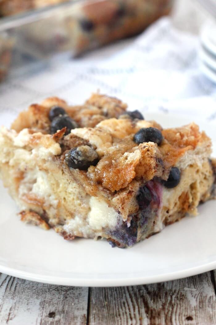 OVERNIGHT BLUEBERRY FRENCH TOAST BAKE