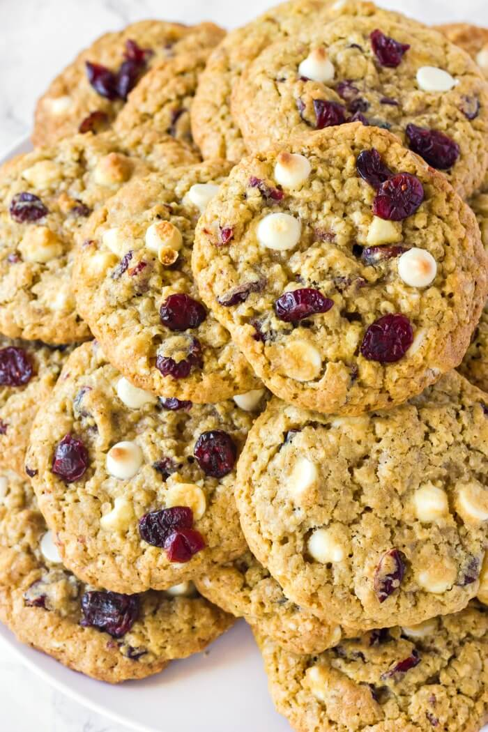 OATMEAL CRAISIN COOKIES WITH WHITE CHOCOLATE