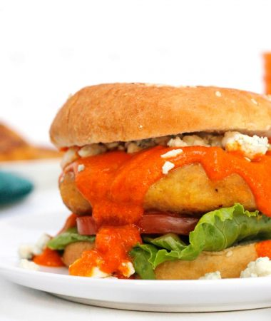 EASY BUFFALO CHICKEN BURGER